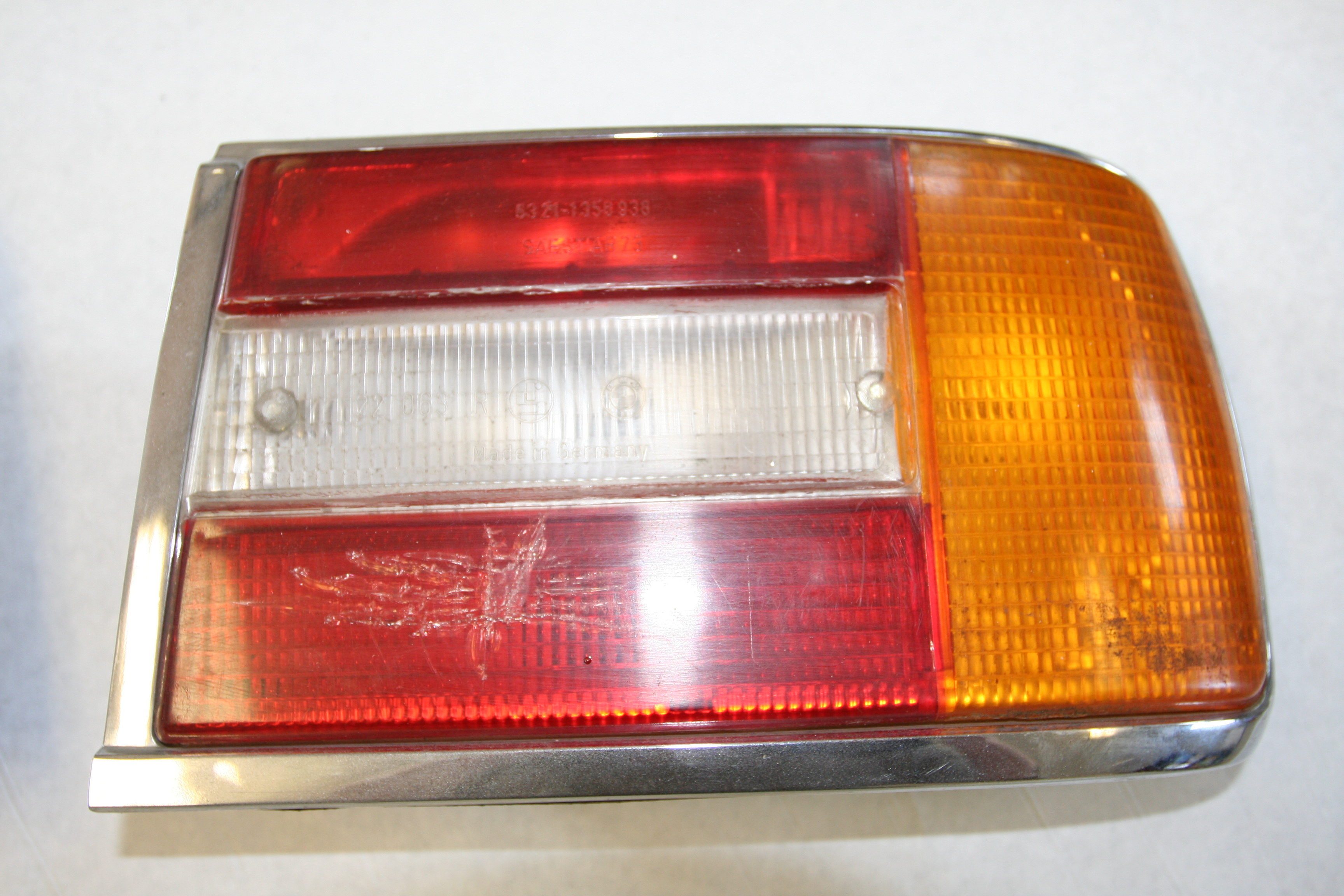 2002 1974-1976 Rear Tail Lights - Parts For Sale - BMW 2002 FAQ