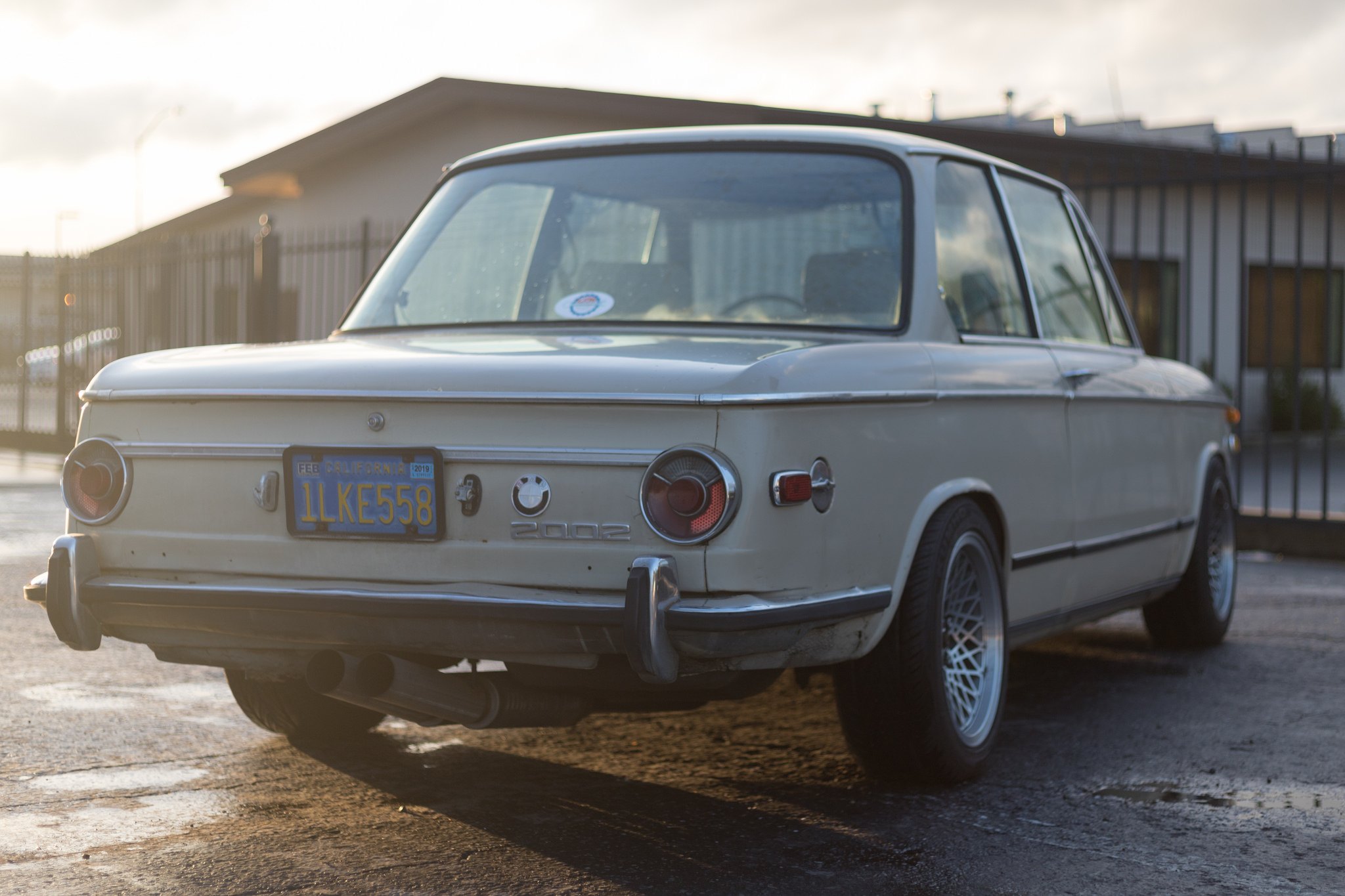 M20 ITBs - The Roundie - '73 2002 - BMW 2002 FAQ