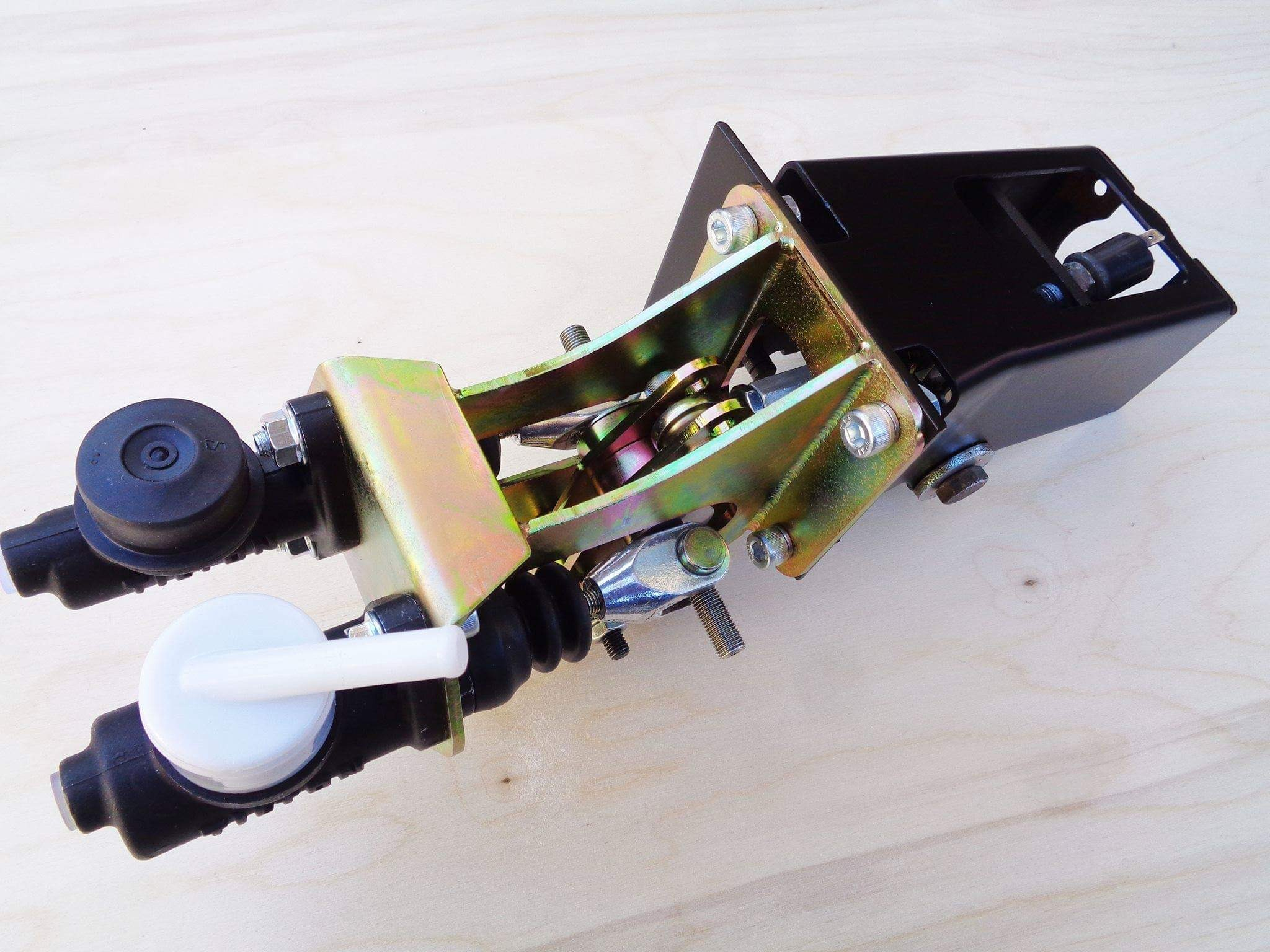Massive Brakes -dual balance bar booster delete for 2002