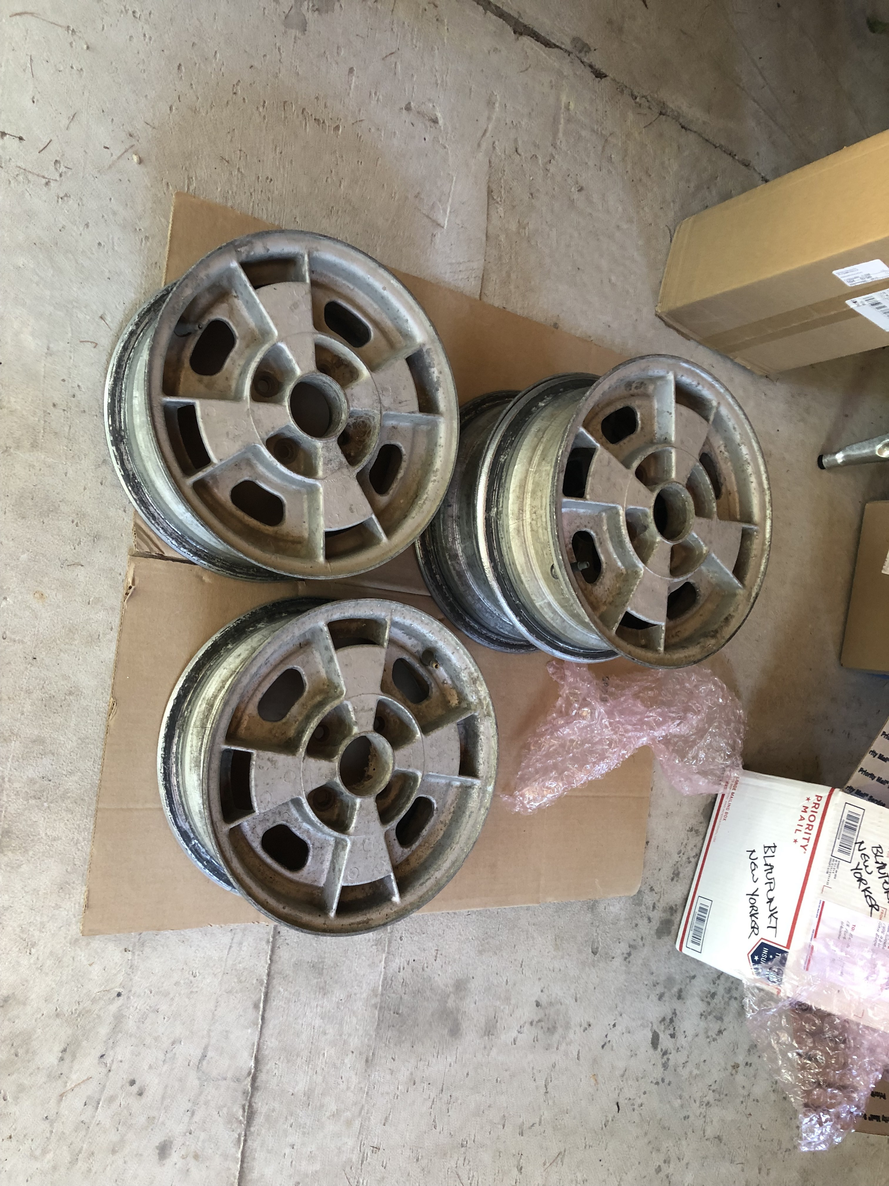 Beautiful set of Cosmic 13x5.5 alloy wheels - BMW 2002 and Neue Klasse  Parts For Sale - BMW 2002 FAQ